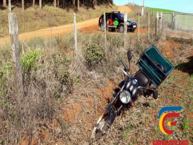 Policia recupera moto furtada em Campo Erê