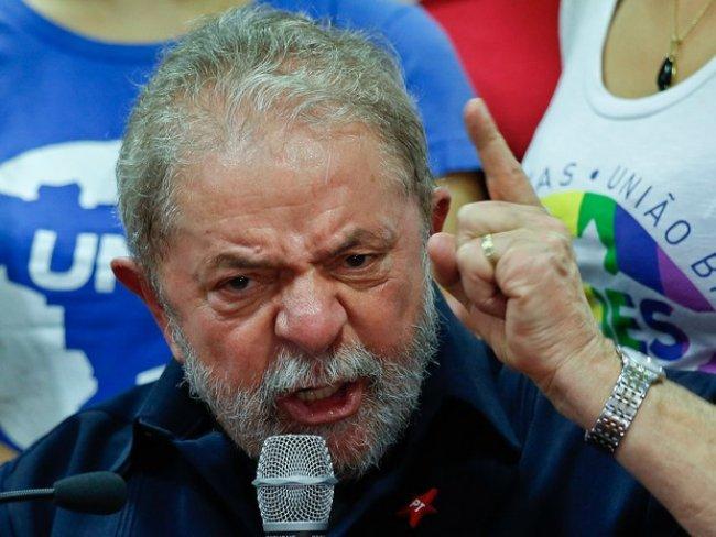 'Me senti um prisioneiro', diz Lula sobre condução coercitiva em SP
