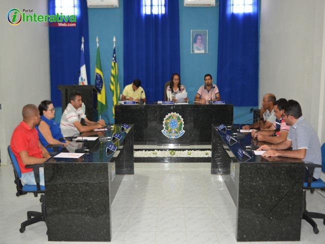 Betânia do Piauí: Em sessão ordinária desta segunda-feira (19) na câmara municipal de vereadores, foi apresentado projeto de lei 04/2018 do poder executivo.