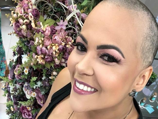 Ex-cantora do Forró do Muído inicia tratamento para câncer