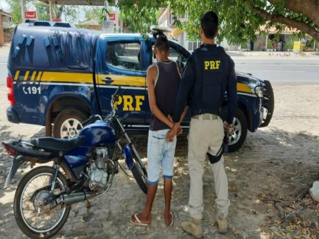 PRF prende condutor e apreende motocicleta adulterada na BR-343