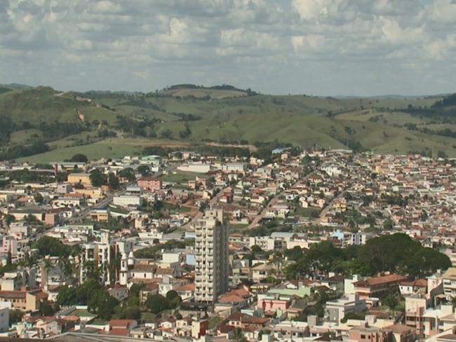 Em momento de alta nos casos de Covid-19, Campo Belo fecha estabelecimentos e limita horários
