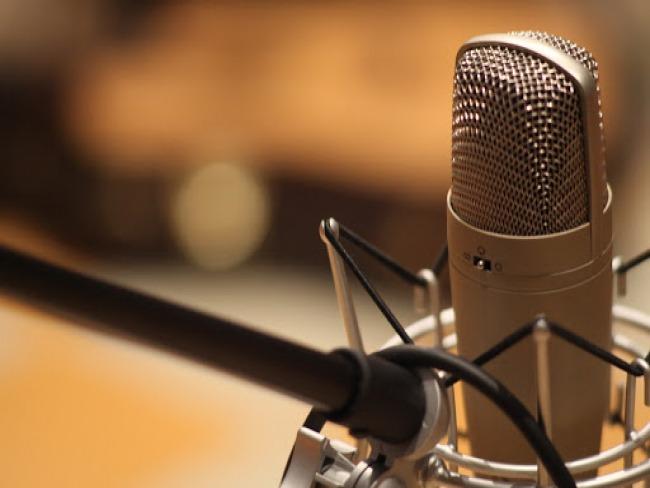 Decreto simplifica licenciamento para emissoras de rádio e TV