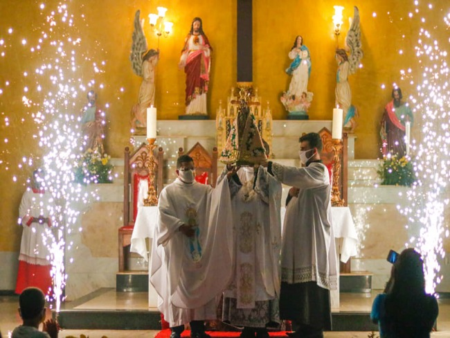 Manto de Nossa Senhora de Nazaré é apresentado em Canaã dos Carajás